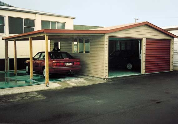 Double garage 6m x 6m with carport.